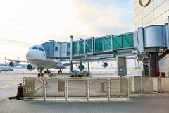 Escalators dans l'aéroport Image stock