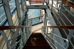 Escalera al océano Imagenes de archivo