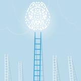 Escalera azul grande del cerebro ligero con pequeño blanco unos fondo del concepto del negocio del ajuste de la meta Imagen de archivo