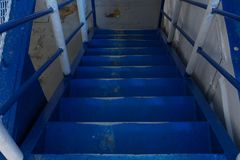 Escalera a bordo de la nave Foto de archivo libre de regalías