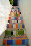 Escalera colorida en Valparaiso, Chile imagen de archivo libre de regalías