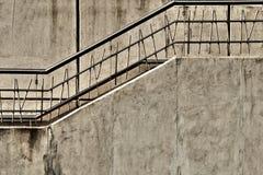 Escalera concreta gris Fotografía de archivo libre de regalías