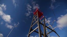 Escalera contra el cielo azul y las nubes almacen de video