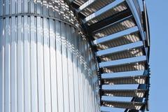 Escalera de enrollamiento en la tapa de una torre Fotografía de archivo libre de regalías