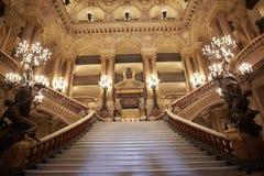 Escalera de Garnier de la ópera, interior en París Fotos de archivo libres de regalías