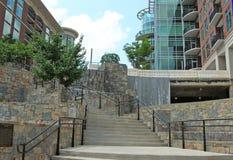 Escalera de la ruta verde Imagen de archivo libre de regalías
