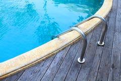 Escalera de las barras de gancho agarrador Imagen de archivo