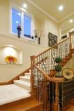 Escalera de lujo de la casa Foto de archivo