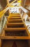 Escalera de madera fotos de archivo libres de regalías