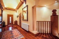 Escalera de madera del viejo estilo Foto de archivo libre de regalías