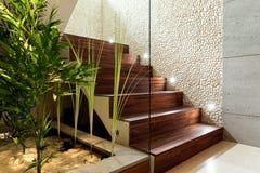 Escalera de madera iluminada Foto de archivo libre de regalías