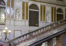 Escalera de Palazzo Arese Litta en Milán Imagenes de archivo