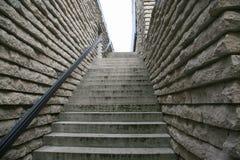 Escalera de piedra con la verja Fotografía de archivo