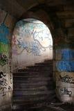 Escalera de piedra vieja Fotografía de archivo libre de regalías