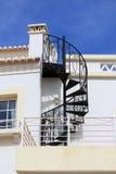 Escalera del hierro del remolino fotografía de archivo