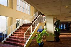 Escalera del hotel Fotos de archivo libres de regalías