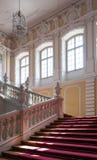Escalera del palacio imagenes de archivo