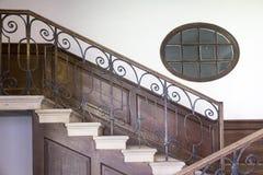 Escalera del patio, Hampton Court Palace LONDRES, Reino Unido - 11 de mayo de 2018 foto de archivo