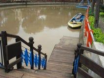 Escalera del río Fotos de archivo libres de regalías