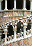 Escalera en el edificio clásico Imagen de archivo
