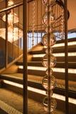 Escalera en el edificio de lujo. fotografía de archivo libre de regalías