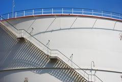 Escalera en el tanque de petróleo Fotografía de archivo