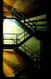 Escalera en la noche imagen de archivo