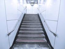 Escalera en paso subterráneo Imagen de archivo