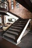 Escalera en un apartamento moderno Fotos de archivo