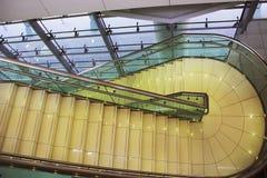 Escalera, escalera de la subida de la escalera, subida de la escalera Imágenes de archivo libres de regalías