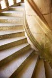 Escalera espiral de un castillo en Francia Imagenes de archivo