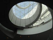 Escalera espiral en el museo de Dali fotos de archivo libres de regalías