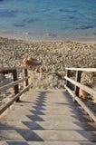 Escalera a la playa Fotografía de archivo libre de regalías
