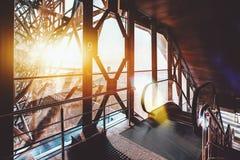 Escalera móvil abajo en el ferrocarril Fotografía de archivo