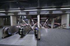 Escalera móvil de la estación de metro Imagen de archivo