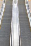 Escalera móvil en una alameda Foto de archivo libre de regalías