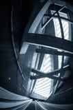 Escalera móvil móvil en el centro de negocios Fotos de archivo
