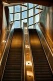 Escalera móvil que sube Fotografía de archivo libre de regalías