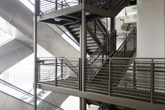 Escalera móvil y escalera Foto de archivo libre de regalías