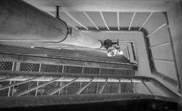 Escalera metálica blanco y negro Imagen de archivo