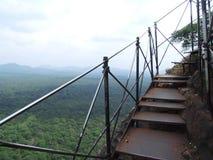 Escalera oxidada en la roca de Sigiriya Imagen de archivo