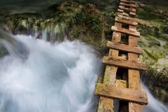 Escalera para los caminantes a lo largo de la cala de Havasu Imagen de archivo