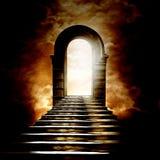 Escalera que lleva al cielo o al infierno Fotografía de archivo