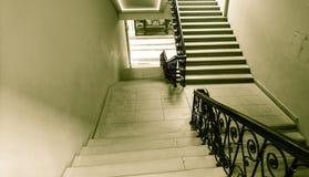Escalera vieja imagen de archivo libre de regalías