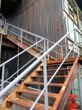 Escaleras aherrumbradas del metal Fotografía de archivo libre de regalías