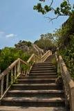 Escaleras al Prachuap Khiri Khan imágenes de archivo libres de regalías
