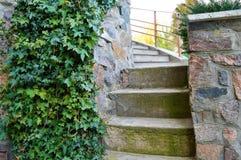 Escaleras antiguas imagen de archivo