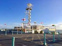 Escaleras circulares hacia arriba en el centro turístico de Brighton Pier fotografía de archivo libre de regalías