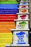 Escaleras coloreadas arco iris en Estambul Fotos de archivo
