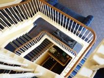 Escaleras de la bobina en azul Foto de archivo